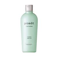 Lebel Proedit Care Works Soft Fit Shampoo - Шампунь для жестких и непослушных волос 300 млШампуни для волос<br>Увлажняющий шампунь для жестких и непослушных волос Lebel Proedit Care Works:Мягко и эффективно очищает волосы и кожу головы.Нормализует уровень влаги в волосах.Нейтрализует остатки производных после химического воздействия.Смягчает волосы.SPF 10.Способ применения: небольшое количество шампуня (5 – 10 мл для волос средней длины) нанести на влажные волосы. Помассировать. Смыть тёплой водой. Повторить процедуру. Можно использовать ежедневно.Объём: 300 мл<br>