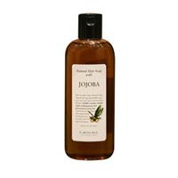 Lebel Natural Hair Soap Treatment Jojoba - Шампунь с маслом жожоба 240 млШампуни для волос<br>Увлажняющий шампунь «Жожоба» Lebel Natural Hair Soap Treatment:Эффективно увлажняет и питает волосы.Удерживает влагу внутри волоса.Устраняет сухость и ломкость волос.Подходит для ухода за наращенными волосами.Защищает от УФ (SPF 15).Состав: масло жожоба, экстракты ромашки и гардении.Способ применения: небольшое количество шампуня (5 – 10 мл для волос средней длины) нанести на влажные волосы, помассировать. Смыть тёплой водой. Повторить процедуру. Можно использовать ежедневно.Объём: 240 мл<br>