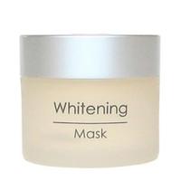 Holy Land Whitening Mask - Отбеливающая маска 50 млСредства для ухода за волосами<br>Отбеливающая маска. Применяется когда необходимо не только выравнивание цвета кожи, но и мягкий осветляющий эффект, например, если кожа лица отличается по цвету от кожи шеи, или после пилинга для предотвращения формирования посттравматической гиперпигментации, а также, если загар лег неровно.Действие:Мягкое осветляющее действие.Выравнивание цвета лица.Активные ингредиенты:каолин, диоксид титана, серебро, арбутин, койевая кислота, а также:Масло герани восстанавливает чувствительную, повреждённую, сухую кожу, улучшает регенерацию клеток. Стимулирует лимфообращение и выведение токсинов.Магний повышает жизнеспособность клеток и имеет огромное значение как антистрессовый минерал (при недостатке магния ускоряется процесс старения кожи); магний снимает воспаление, способствует активности клеток кожи.Сквален — природный ненасыщенный углеводород, входит в состав липидной мантии кожи. Обладает смягчающими свойствами, поддерживает естественный уровень влаги и липидов. Снимает шелушение и смягчает кожу, повышая её эластичность.Аллантоин смягчает и успокаивает кожу, устраняет шелушение, стимулирует обновление клеток эпидермиса. Подавляет рост бактерий, ускоряет регенеративные процессы и заживление ран, обладает кератолитическим и легким обезболивающим действием.Способ применения:Нанести маску тонким слоем и распределить массажными движениями по лицу, за исключением области век. Смыть водой через 10-15 мин.Объем:50 мл<br>