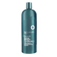 Label.M Organic Orange Blossom Conditioner - Кондиционер Органик Цветок Апельсина 1000млКондиционеры для волос<br>Кондиционер Органик Цветок Апельсина серии label.m - это настоящая находка для тонких волос. Благодаря наличию в его составе натуральных цитрусовых компонентов, он превосходно питает волосы и подходит для ежедневного использования. Кондиционер содержит лимонную кислоту, которая тонизирует кожу головы, не нарушая при этом природный баланс рН. Льняное масло, богатое омега-3 жирными кислотами, поможет восстановить структуру волос. Вы заметите это уже после нескольких применений!Тонким волосам всегда не хватает объема: эта проблема легко решается за счет входящего в состав кондиционера экстракта листьев Шалфея. Он создаст прикорневой объем и бережно очистит кожу головы. Ваши волосы будут блестящими, объемными и шелковистыми, а главное, здоровыми!Применение: нанесите Кондиционер Оrganic Цветок Апельсина на чистые волосы, а после промойте их водой.Объем: 1000 мл<br>