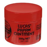 Lucas Papaw Ointment Бальзам 200 гСредства для ухода за волосами<br>Бальзам из папайиLucas Papaw Ointment- это уникальное средство для лечения и ухода за губами и кожей лица и тела. Тающая мягкая текстура бальзама легко впитывается в кожу, снимая дискомфорт и мгновенно питая, восстанавливая и увлажняя ее без ощущения липкости.Lucas Papaw Ointment- это прекрасное антисептическое и антибактериальное средство, которое можно использовать при множестве случаев:- для потрескавшихся и сухих губ (можно наносить как обычныйбальзам, либо толстым слоем как маску перед нанесением макияжа или на ночь);- для сухой и/или потрескавшейся кожи лица и тела (например, для кутикулы и локтей);- при солнечных ожогах;- при покраснениях, раздражениях и детской опрелости;- при укусах комаров и других насекомых;- при мелких ссадинах и порезах.Для изготовления бальзама используются свеже-выращенные плоды папайи.Плоды папайи доставляются на завод Lucas Papaw в Брисбене (Австралия), где в строго контролируемых условиях производится брожение плодов, при этом каждый плод отбирается и проверяется вручную.Объем: 200 мл<br>