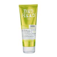 TIGI Bed Head Urban Anti+dotes Re-Energize - Кондиционер для нормальных волос уровень 1 200 млКондиционеры для волос<br>Укрепляющий кондиционер Urban Antidotes Re-Energize разработан для нормальных волос, возвращает им силу и придает невесомый блеск. Облегчает расчесывание и повышает прочность волос. Содержит на 25% больше увлажняющих ингредиентов. Разглаживает кутикулу и сохраняет цвет волос.Состав активных компонентов:- Диметиконол - разглаживает кутикулу;- Эмульгатор – кондиционирует волосы;- Дипропиленгликоль - восстанавливает и сохраняет целостность волос;- Цитраль - укрепляет и придает блеск;- Эвгенол - сохраняет цвет;- Молочная кислота – поддерживает баланс увлажненности волос.Применение: Нанесите на влажные волосы после использования шампуня Urban Antidotes Re-Energize. Хорошо промойте и наслаждайтесь потрясающим блеском ваших волос!Объём:200 мл<br>