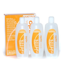 Matrix Opti.Wave Waving Lotion For Natural To Coarse Hair- Лосьон для завивки натуральных трудноподдающихся волос 3x250 млСредства для завивки волос<br>Лосьон для завивки нормальных и трудноподдающихся волос Matrix Opti Wave Waving Lotion For Natural To Coarse Hair предназначен для химической стойкой завивки длительного действия. Лосьон деликатно воздействует на структуру волоса, нейтрализатор (фиксатор химической завивки) восстанавливает двусернистые связи независимо от того, какой лосьон применялся для их разрыва. Matrix Opti Wave предлагает оптимальное решение для создания сверкающих, защищенных и излучающих здоровье локонов.Объем:3*250мл<br>