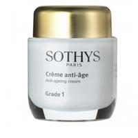 Sothys Time Interceptor Anti-Ageing Cream Grade 1 - Активный Anti-Age крем Grade 1 50 млСредства для ухода за волосами<br>Благодаря использованию этого крема лицевые мышцы релаксируются, а морщины, образующиеся от мимики выравниваются. В результате крем дает ярко выраженный лифтинг–эффект, кожа становится ровной, пластичной и сияющей.Активные компоненты:Листья сенны крылатой, представленные в составе крема в виде экстракта, защищают и обеспечивают надежную защиту двумембранных гранулярных или нитевидных органелл кожи, тем самым спасая её от внешних воздействий.Овсяный экстракт создает защитную стягивающую поверхностную пленку, эффективно подтягивая кожные покровы.Папайя – кладезь природных витаминов и микроэлементов, таких как провитамин А и аскорбиновая кислота. Благодаря использованию экстракта папайи в креме происходит усиление процессов усваиваемости в клетках кожи и мышечных тканей, и клетки самовосстанавливаются. Кроме того, кожа, в результате, становится более плотной, и гладкой за счет активизации внутренних процессов.Компоненты из лимона использованы благодаря богатому содержанию всем известной лимонной кислоты (АНА), которая способствует гидрации и отбеливанию одновременно, и обладает ярко выраженным антибактерицидным действием.Льняное масло – это популярное сырье для медицинских препаратов, парфюмерии и косметики. Здесь оно является поставщиком витаминов А, Е и F, и омега–3 кислот, что придает крему питательные и гидрирующие свойства, и замедляет возрастное увядание кожных покровов.Молодая кукуруза является источником омега–3 кислот, растительных стеролов, многочисленных витаминов, фосфатдихлолинов, других полезных веществ и минералов, регенерирующих эпителий на клеточном уровнеФиларинол, в состав которого входят элементы природной пыльцы, оливкового дерева и зерен пшеницы, питает клетки кожи, гидрирует их и делает кожу мягче, эластичнее и свежее.Благодаря присутствию в креме глицерина влага в коже задерживается лучше.Способ применения:Ежедневно по утрам 