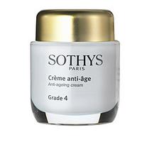 Sothys Time Interceptor Anti-Ageing Cream Grade 4 - Активный Anti-Age крем Grade 4 50 млСредства для ухода за волосами<br>Предназначен для омоложения кожи с признаками старения. Крем тормозит протекание процессов увядания, делает кожу более пластичной, укрепляет структуру кожных покровов, выравнивает морщины, устраняет ощущения дискомфорта, и придает коже сияние.Активные компоненты:Листья сенны крылатой, представленные в составе крема в виде экстракта, защищают обеспечивая надежную защиту двумембранных гранулярных или нитевидных органелл кожи, тем самым спасая кожу от внешних воздействий.- тетрапептиды, синтезированные искусственным путем вещества входят в состав крема как антигликанты, то есть они препятствуют скапливанию в клетках сахара, тем самым позволяя сохранить упругость кожи.- благодаря использованию вытяжки из люцерны крем замедляет выработку в клетках кожи ферментов ММП, позволяя сохранить кожу упругой и тонизируя ее.- экстракт мирта повышает выработку фермента сиртуина I, называемого также ферментом молодости, благодаря чему процессы старения замедляются.Содержащиеся в креме белки из экстракта белого люпина способствуют выработке в коже липидов и белков, уменьшают межклеточное обезвоживание и повышают защитные характеристики кожи. Этот компонент позволяет активизировать обмен веществ и кислородонасыщение, выравнивает кожу, производит глубокое увлажнение.Льняное масло содержит большое количество самых разнообразных витаминов (F, А, Е ) и омега–3 кислот. В составе крема оно выполняет питательную функцию, гидрирует кожу, сохраняя природый уровень влажности, что позволяет коже оставаться молодой.Молодая кукуруза является источником омега–3 кислот, растительных стеролов, многочисленных витаминов, фосфатдихлолинов, других полезных веществ и минералов, регенерирующих эпителий на клеточном уровне. Кукурузное масло питает клетки кожи, делает их мягче, активизирует процессы метаболизма в клетках.Масло дерева ши по своему содержанию витаминов и омега–3 кислот близк