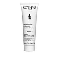 Sothys Time Interceptor Anti-Wrinkle Lifting Serum Grade 2 - Anti-Age лифтинг сыворотка, разглаживающая морщины Grade 2 50 млСредства для ухода за волосами<br>Сыворотка проникает в кожные покровы, и наполняет даже самые устойчивые морщины изнутри, наподобие подкожного косметического укола, имеет ярко выраженный лифтинг–эффект, сглаживает поверхность кожных покровов и делает кожу более прочной. Общая площадь морщин значительно уменьшается, кожа тонизируется, форма лица сохраняется без возрастных изменений.Доказанная эффективность: тесты показали 15%* сокращение морщин по глубине * Тестирование проводилось с помощью прибора Visioscan.Tea на двадцати одном добровольце в ntxtybt месяца.Активные компоненты:В состав сыворотки входит компонент H2CR™, состоящий из высокоэффективных антиокислителей и пептидов–передатчиков в комплексе. Этот ингридиент способствует повышению защищенности кожи от активного окисления и активизирует коммуникацию клеток, приводя к более эффективному межклеточному обмену и проФлению жизни клеток.Вещества на основе остатков альфа–аминокислот, предотвращающие морщины (пентапептиды), стимулируют активность клеток соединительных тканей, видоизменяя его внешний каркас, способствуют активизации выработки коллагенов типа I и IV, гликопротеина внеклеточного матрикса и мукополисахаридов.Увлажнению и релаксации кожных покровов способствует использование в его составе экстракта из протеинов хлопка, которые усиливают гидрацию кожи, релаксируют ее и делают более мягкой за счет видоизменения ее характеристик.Filagrinol® – это группа веществ, в состав которых входят натуральные экстракты сои, цветочной пыльцы, оливков, пшеничных зерен. Благодаря этим компонентам сыворотка приобретает питательные, гидрирующие и смягчающие свойства, что визуально проявляется в ее сиянии, более свежем и пластичном внешнем виде.Авокадо – хорошо известный продукт в косметологии, который традиционно используется для гидрации и релаксации кожных покровов.Эти свойства проявляются в сывор