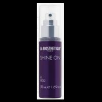 La Biosthetique Styling Shine On - Спрей-блеск для волос 50 млУкладочные средства<br>Описание продукта: La Biosthetique Shine On - Спрей-блеск для волос. Придает тусклым и невыразительным вьющимся волосам фантастическое сияние. Дарит долговременный глянец и сохраняет яркость цвета. Защищает чувствительные кератиновые волокна. Придает волосам ультраблеск. Сохраняет сияние цвета. Содержит УФ-фильтр.Применение: Равномерно распылить на сухие волосы.Объем: 50 мл<br>