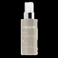 La Biosthetique Styling Heat Protector - Спрей для защиты волос от термовоздействия 100 млУкладочные средства<br>Описание товара: Защищает волосы от повышенных температур при использовании фена и выпрямляющих утюжков. Спрей способствует дольшему сохранению гладкости волос, идеален для нормальных и сильных волос. Помогает создавать гладкие прически на тонких волосах. Термозащита при использовании утюжков. Для длительной гладкости волос. Держит форму выпрямленных локонов. Для потрясающе красивых волос!Применение: Экономно распылите прядь за прядью на сухие волосы. При естественно вьющихся волосах используйте также перед укладкой феном.Объем: 100 мл<br>