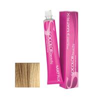Matrix Socolor.beauty - Стойкая крем-краска 10MM очень-очень светлый блондин мокка мокка 90 млКраска для волос<br>Крем-краска для волос SoColor.beauty для бережного и стойкого окрашивания волос. Используя краску SoColor.beauty, можно не волноваться за полученный результат – он всегда будет идеальным. Краска легко наносится, быстро смывается и имеет приятный фруктовый аромат. С крем-краской от Matrix ваши волосы станут удивительно гладкими, блестящими и сильными. Краска великолепно закрашивает седину и надолго сохраняет стойкий цвет волос.Способ применения:смешать краску с активатором в нужной пропорции. Нанести смесь на волосы (особое внимание уделяя корням) при помощи щетки или расчески и оставить на 20-45 минут. Затем тщательно смыть крем-краску теплой водой, высушить волосы полотенцем и воспользоваться бальзамом-кондиционером.Объем:90 мл<br>