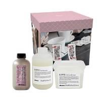 Davines Love Curl Gift Box - Набор для усиления завитка (шампунь 250 мл, кондиционер 250 мл, сыворотка 250 мл)