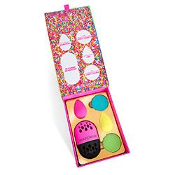 Beautyblender Blender's Delight - Подарочный набор (мини-мыло 2 шт, спонж 2 шт + защитный футляр)
